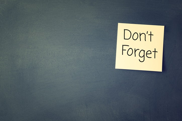 sticky note that says don't forget